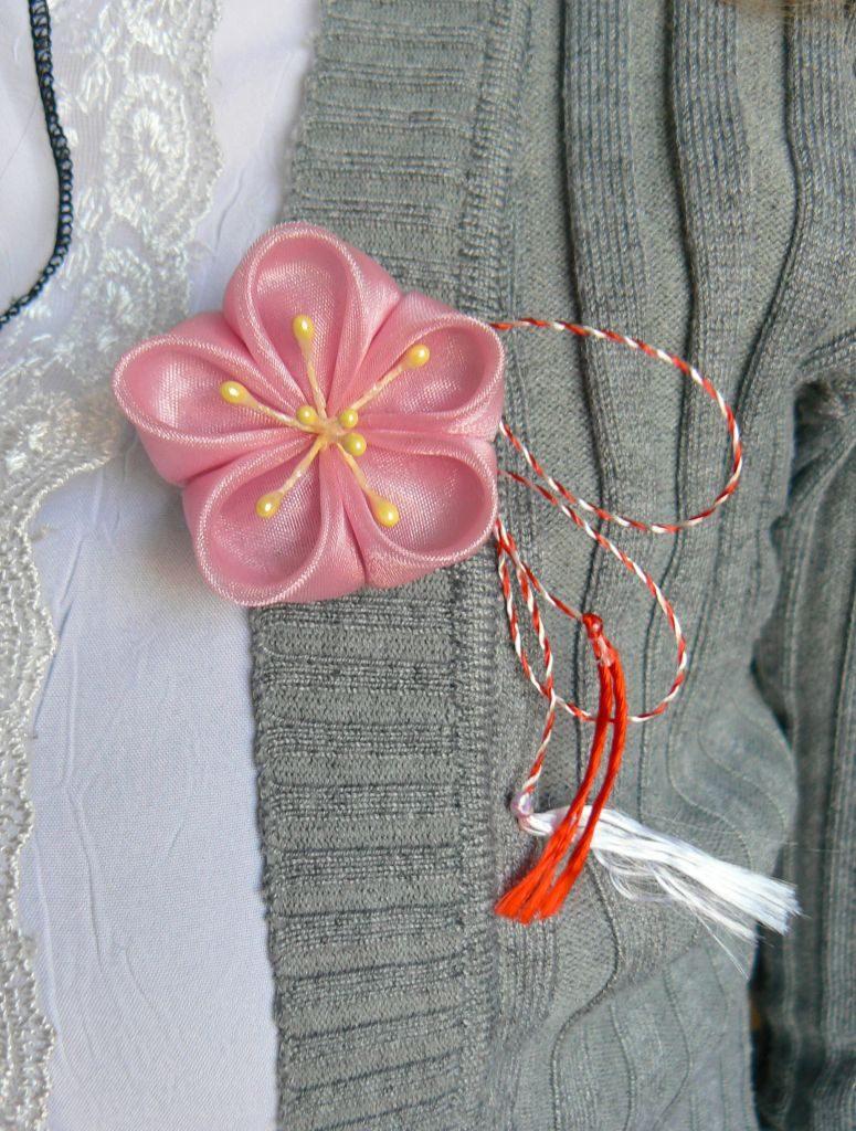 mărţişor roz organza