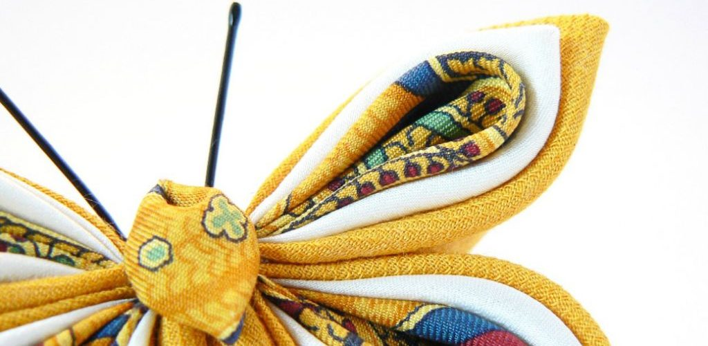 Fluture galben kanzashi mătase