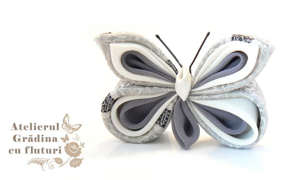 fluture argintiu mătase kanzashi broşă