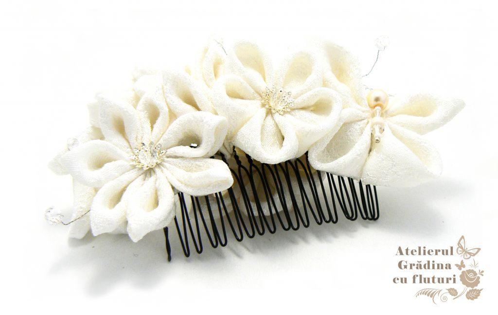 Pieptene cu flori pentru mirese kanzashi handmade