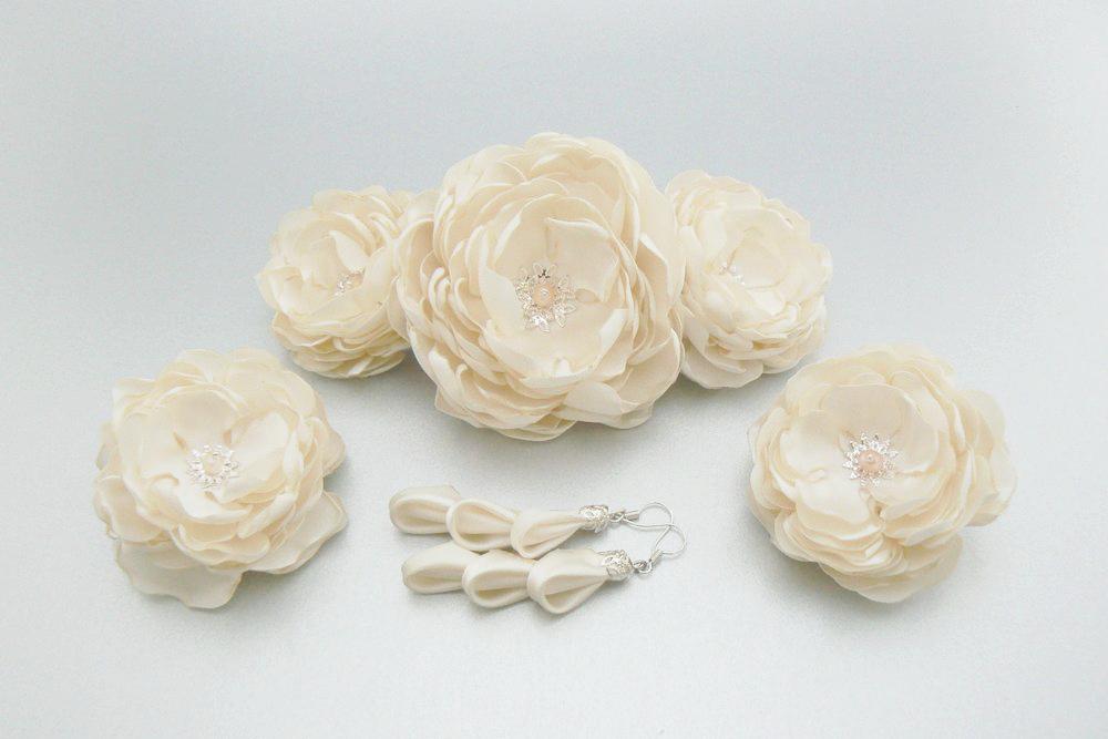 Flori de par din material topit - comanda