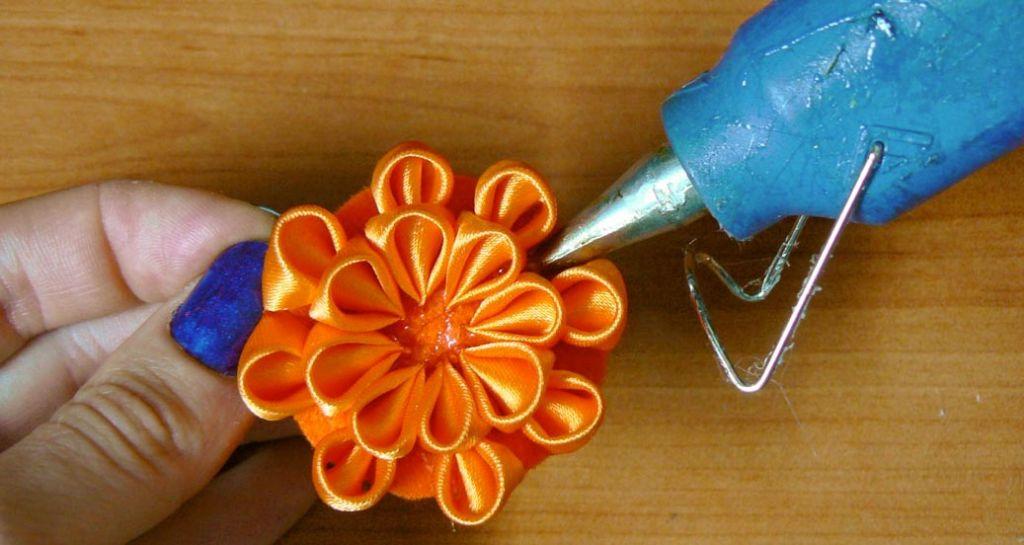 Kanzashi dahlia handmade flower diy tutorial 11