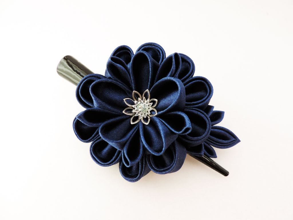 Bujor bleumarin - floare kanzashi satin