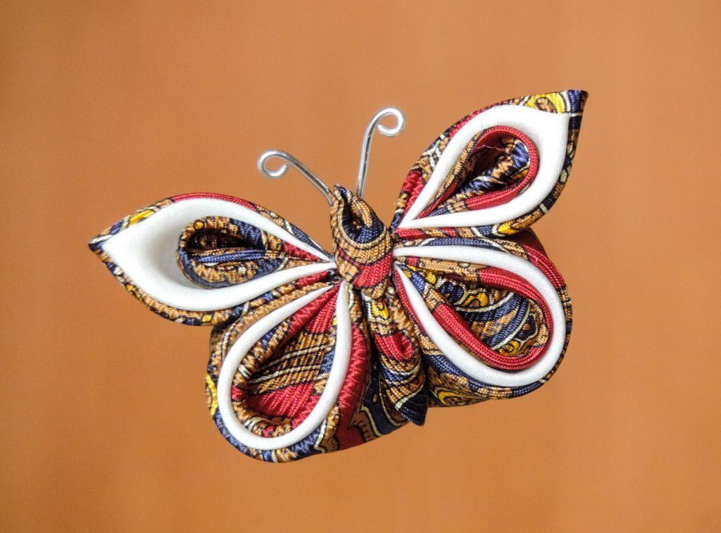 Fluture din mătase din cravată - kanzashi