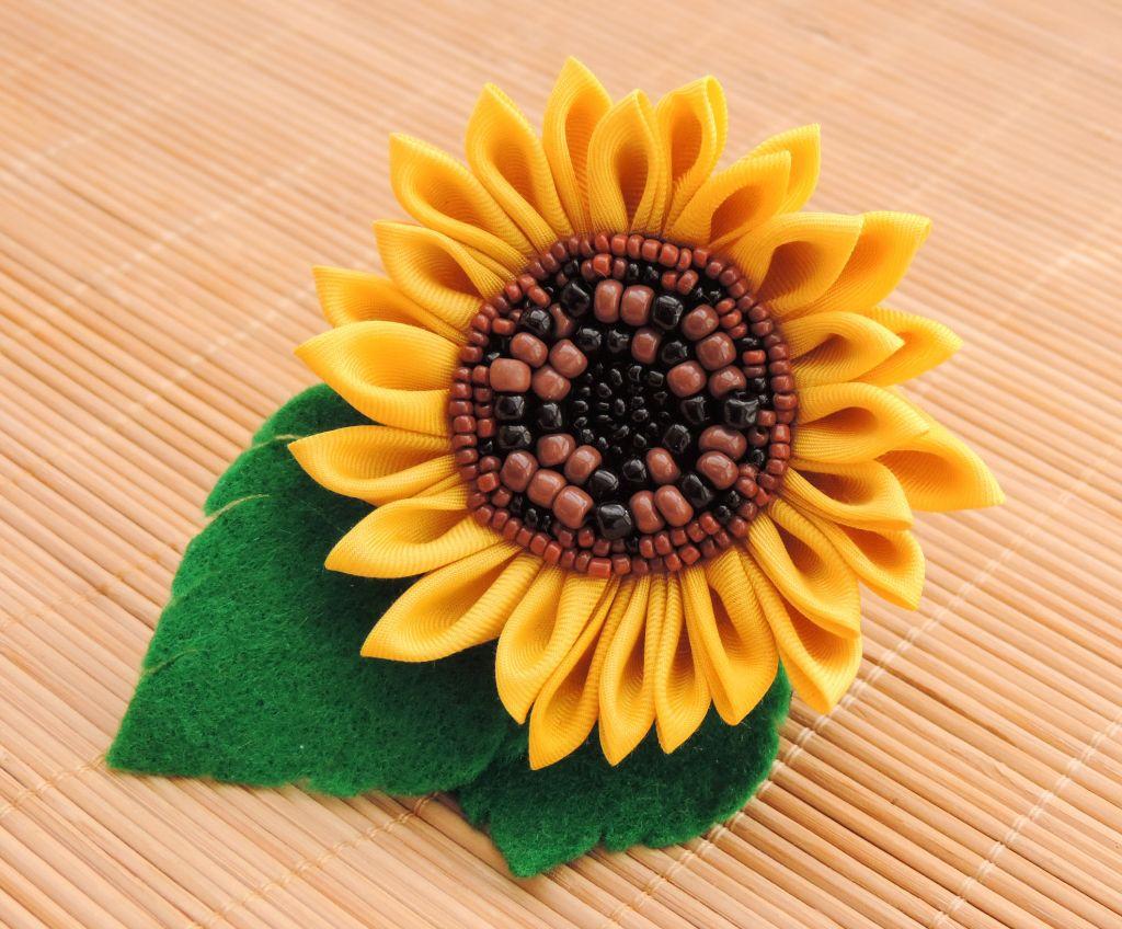 Floarea soarelui floare kanzashi clama brosa margele nisip