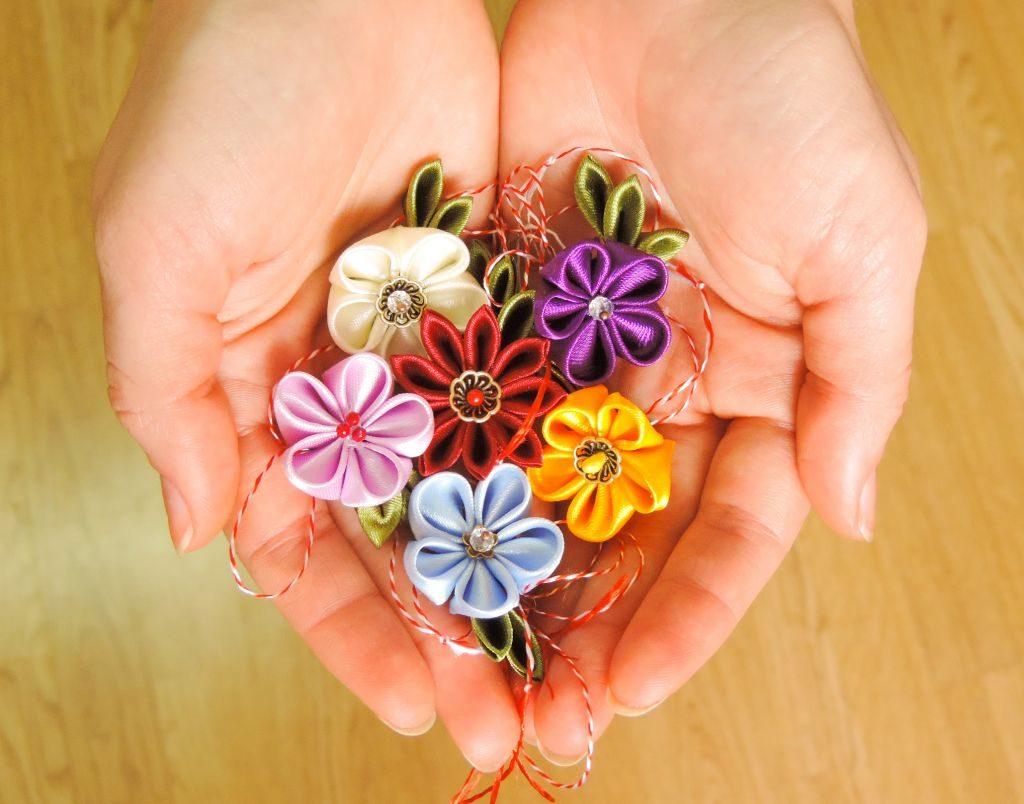 Martisoare flori kanzashi 2014