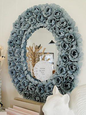 Oglinda trandafiri carton