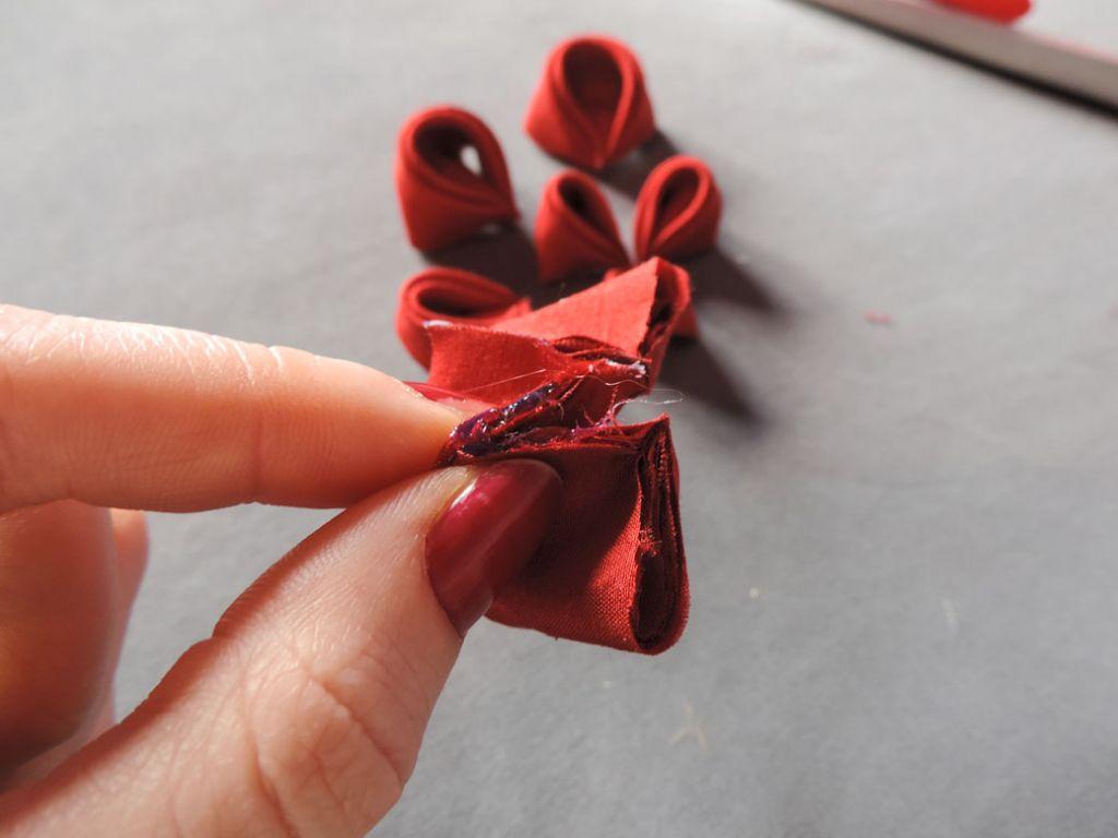 Tutorial bujori - flori kanzashi - pasul-08