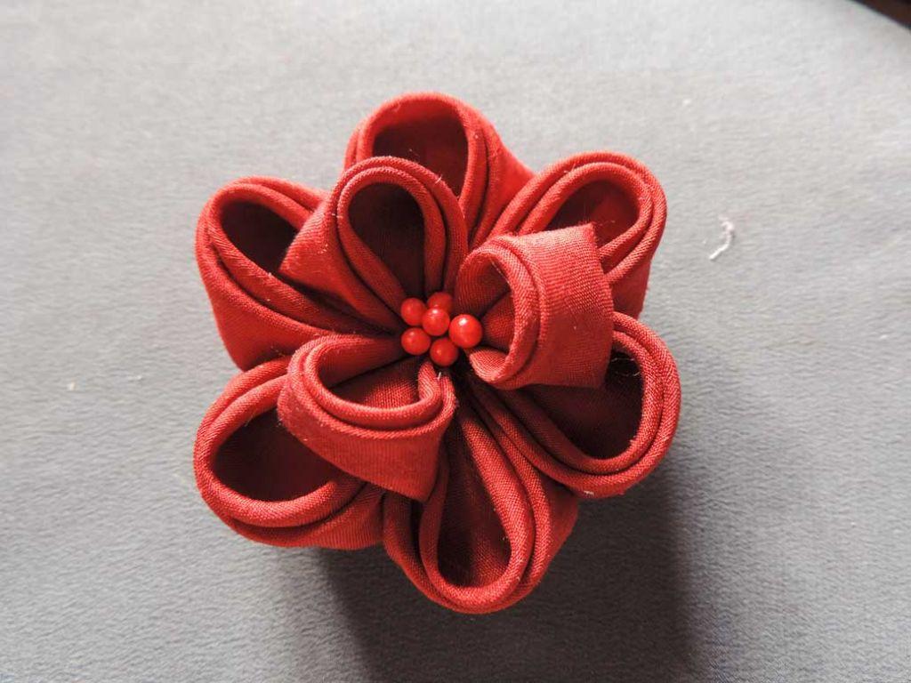 Tutorial bujori - flori kanzashi - pasul-15