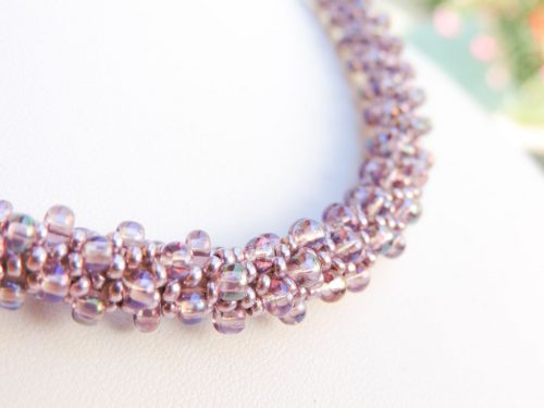 Colier crosetat din margele Preciosa mov - bead crochet 2