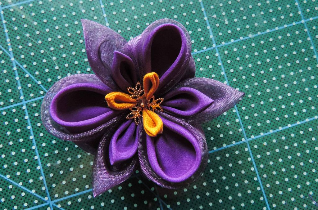 Tutorial floare de iris matase organza-30