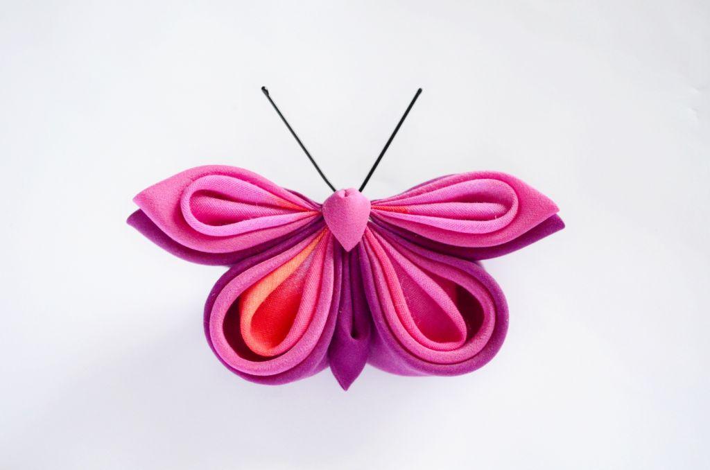 Fluture roz matase vascoza baza dubla