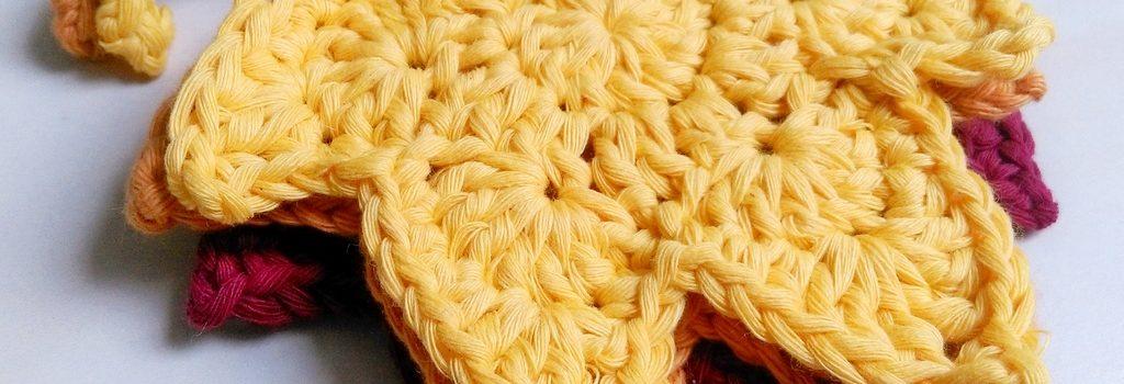Crochet autumn leaves coaster - finished